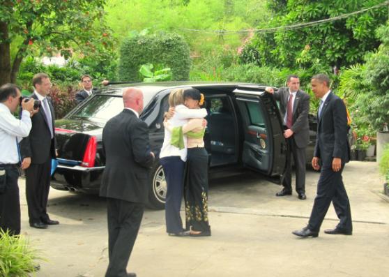 Suu Kyi and Clinton